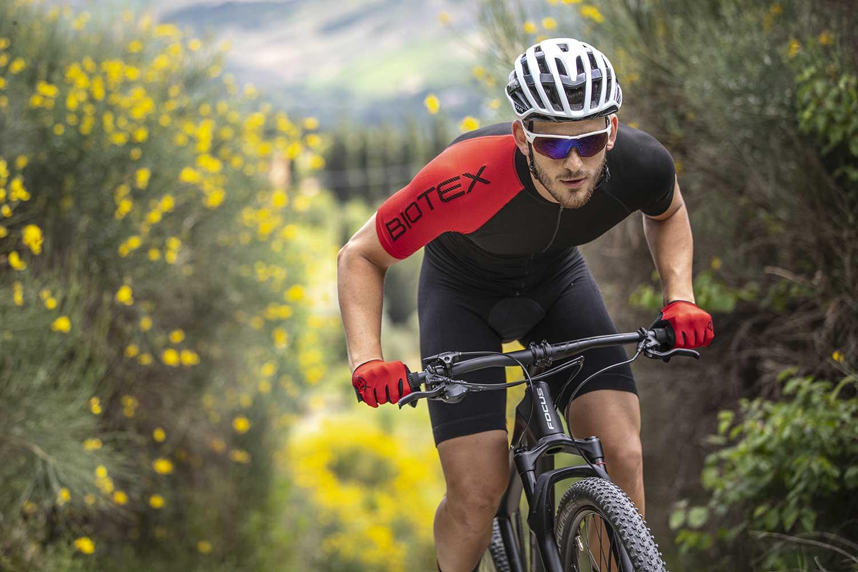 abbigliamento-bike