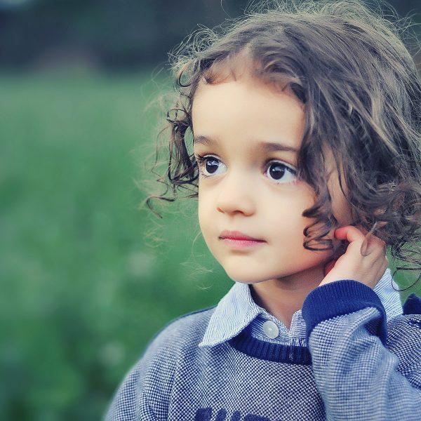 Taglio capelli bambina: tutti gli step e le idee a cui ispirarsi